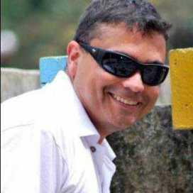 Leo Calderon
