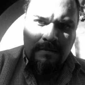 Edgar Morales Rmez.