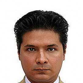 Retrato de Alejandro Salinas