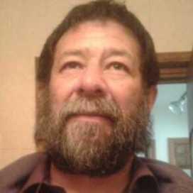 Retrato de Enrique Hernández Romero