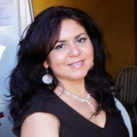Retrato de Rhina Chavez