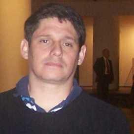 Julián Hoyos