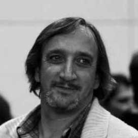 Retrato de Oscar Di Masi