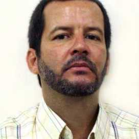 Retrato de Héctor Costa Ruiz