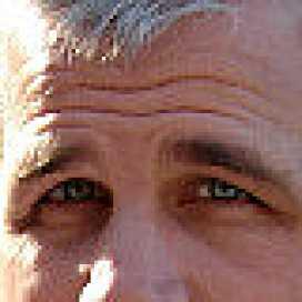 Retrato de Santiago Trevisan