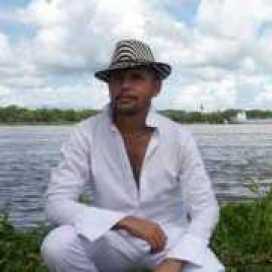 Edgardo Herrera Macrame