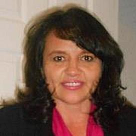 Gilda De León