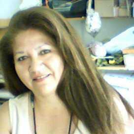 Lenka Páez Flores
