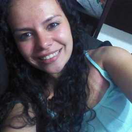 Ana Karolina Oliveira