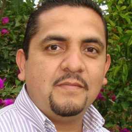 Retrato de Eduardo Rosas Plata