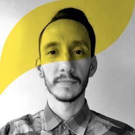 Retrato de Dan Urbina