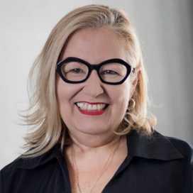 María Cazares
