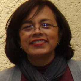 Retrato de Maria Elena Martinez