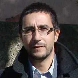 Retrato de Roberto Álvarez