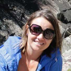 Alejandra Souza