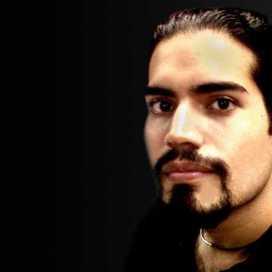 Retrato de Rodrigo Morales