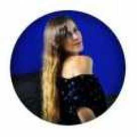 Gracie Loya